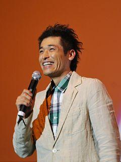 佐藤隆太、震災から100日ぶりに営業再開した仙台の映画館で『ロック~わんこの島~』舞台あいさつ