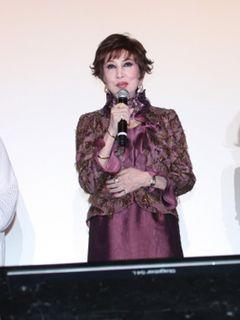 70歳で美女健在!浅丘ルリ子、山に捨てられた老婆演じる『デンデラ』初日に旭日小綬章の喜び語る!