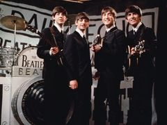 ザ・ビートルズ、2012年ロンドン五輪で再結成!?ポール&リンゴにジョン&ジョージの子どもを加えた新生ザ・ビートルズか-英ザ・サン紙