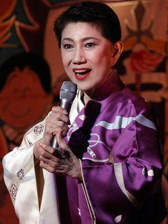 水前寺清子、「三百六十五歩のマーチ」を歌い被災地にエール