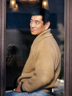 高倉健、6年ぶりの銀幕復帰!亡き妻の過去を追い1,200キロの旅に出る男に!『夜叉』プロデューサーの遺したプロットを具現化