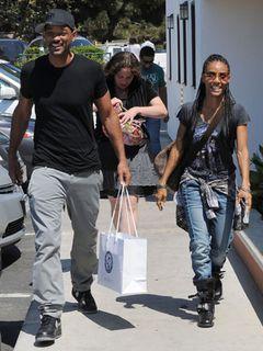 ウィル・スミス夫妻、破局報道を払拭するため二人で仲良くショッピングと食事