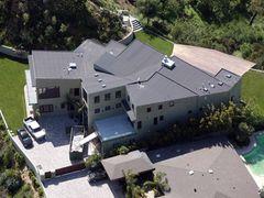 リアーナ、5億円以上で購入した家は欠陥住宅 売主を訴える
