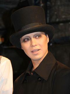 IZAM、前妻・吉川ひなのの結婚は「知らなかった」!「今は興味が妻にしかない」とおのろけ発言!