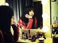 矢沢洋子、映画『ツレうつ』のイメージソングに決定!大事な人とのきずなを歌った「アマノジャク」
