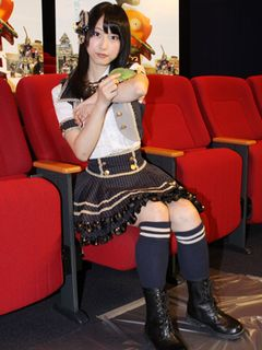 SKE48松井玲奈、猪木のビンタで「顔が小さくなった」