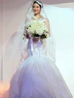武井咲、17歳の花嫁に!新CMでウエディングドレス姿を披露!「早くスマートな方を見つけたい」