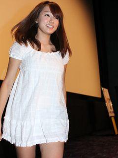 爆乳美少女の19歳篠崎愛、菊池桃子も主演した『パンツの穴 』で映画初主演!あとが残るほどの傷を負いながら臨んだ撮影秘話