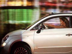 ジェニファー・ロペス、地元愛を訴える車のコマーシャルをボディダブルで済ませ批判を浴びる