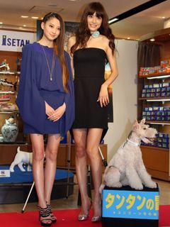 伊勢丹新宿店で「タンタンの世界展&グッズコレクション」開催!テープカットに参加したヨンア、「タンタンみたいな男性ってすてき」