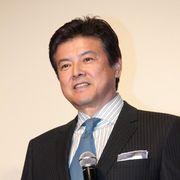 三浦友和、主演作を妻・山口百恵に褒められてご満悦!観客と鏡開きで仕事始め!!