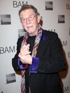 映画『エレファント・マン』のジョン・ハート、BAFTAの生涯功労賞を受賞