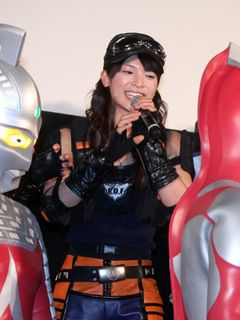 AKB48秋元、好みのタイプは細マッチョ?ウルトラマンの筋肉に感激!!「胸筋がすごいですし、こういう男性がいい」