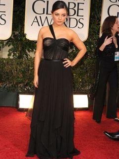 『ブラック・スワン』で9kg減量したミラ・クニス、体重が元に戻っても胸元から消えた脂肪が戻らない!