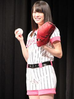 北乃きい、野球選手との交際には「興味ないです」とつれない答え!