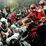 仮面ライダー×スーパー戦隊奇跡の共演で初登場トップ!『コナン』は早くも動員100万人!