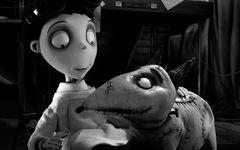 モノクロだけど3D!ティム・バートン監督が贈るまったく新しいアニメ『フランケンウィニー』は12月公開!