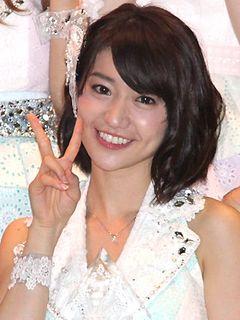 AKB大島優子、被災地・岩手県大船渡市へ…ミニライブ開催「復興が少しでも早く進んでほしい」と願い込め