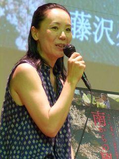 紀伊半島大水害の災害前と災害後に奈良で撮った映画上映 仮設住宅暮らしの被災者も多数 河瀬直美監督、現状訴える