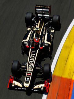 ロータスのF1マシンが『ダークナイト』仕様に!今週末のF1イギリスGP