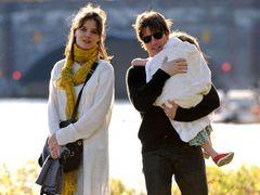 トム・クルーズとケイティ・ホームズが公式声明!離婚協議、早くも和解「娘にとって最善のことを」