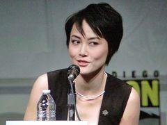 菊地凛子、ギレルモ・デル・トロの怪獣&ロボット映画出演でコミコン登場!「緊張してます」