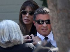 36歳で亡くなったスタローンの息子セイジさん ロサンゼルスで葬儀