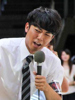 熱愛報道のピース・綾部、若貴兄弟母との熱愛をさんざんイジられ謝罪