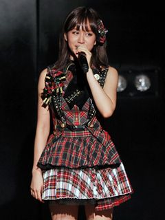 前田敦子AKB48を卒業!涙と笑顔で7年間を感謝!