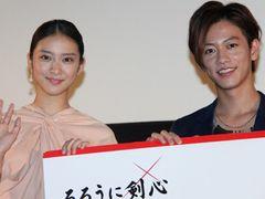 『るろうに剣心』世界64か国公開決定で歓喜! 佐藤「夢がかなった」、武井「世界に行く!」