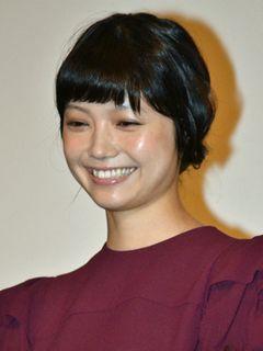 岡田准一、療養中の共演者・市川染五郎からの手紙に「回復に向かっているようで安心しました」