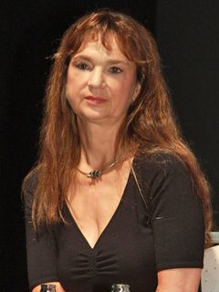 タランティーノも崇拝するスウェーデンの妖精!かつてのロリータ系巨乳女優が40年ぶりに来日!