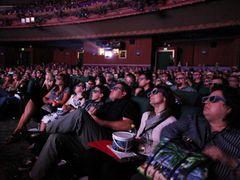 3D映画ブーム終了? 1本あたりの観客動員数が下降線…製作本数も横ばいに