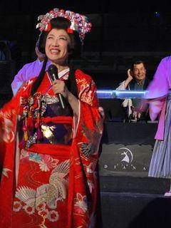 瀬川瑛子が銀座のクラブで「時代劇体操」をお披露目!名優・栗塚旭はDJ役でフロア揺らす!