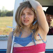 小悪魔的な魅力さく裂の15歳の美少女クロエが、初単独主演作で本領発揮!