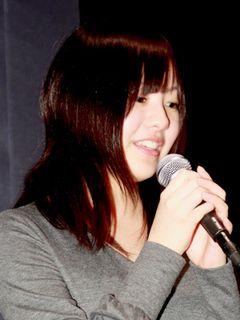 世界を驚嘆させたミニスカ女子高生映画、ついに日本公開!芸能活動休止中の主演女優も駆け付ける