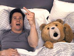 『テッド』、10億突破!前週上回る動員でヒット拡大中!