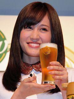 前田敦子、お酒CMデビュー!「最近飲めるようになったばかり」