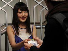 正統派美少女・有村架純、バレンタインチョコ300個を手渡しでファン大興奮!