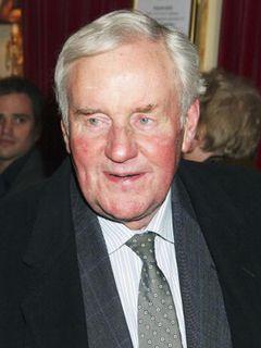 『ハムレット』の英俳優リチャード・ブライアーズさん、肺気腫により79歳で死去