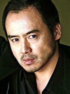 アカデミー賞のレッドカーペットリポーターを務める俳優・尾崎英二郎に直撃!注目は『アルゴ』!