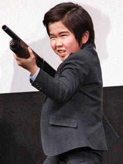 鈴木福8歳、映画祭史上最年少ゲスト!ショットガン片手にゆうばりに登場!