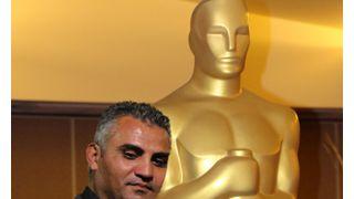 マイケル・ムーア監督、アカデミー賞候補の一時拘束に激怒!
