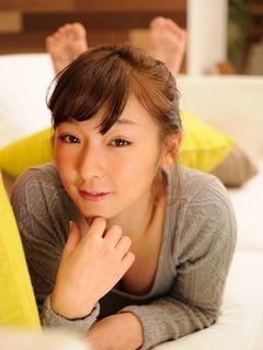 加護亜依、辻希美の出産を祝福!「ガッツポーズしちゃいました!」