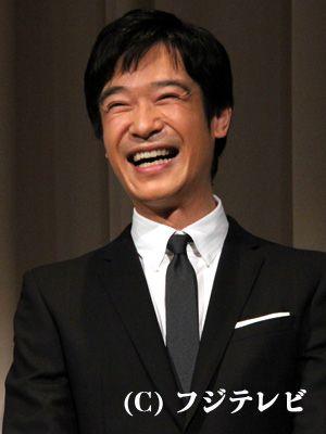 堺雅人、結婚発表後初の公の場で「ありがとうございます」と照れ笑い - シネマトゥデイ