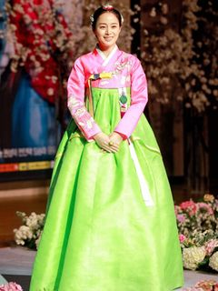キム・テヒ、ロマンチック時代劇で新境地!<韓国JPICTURES>