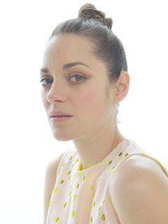 オスカー女優マリオン・コティヤール、捕獲されたシャチとの共演に戸惑い