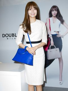 少女時代スヨン、単独サイン会で爽やかな笑顔<韓国JPICTURES>