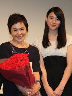 7代目「なっちゃん」三吉彩花、初主演作で大女優の大竹しのぶに感謝の念
