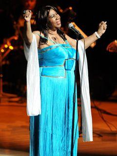 ソウルの女王アレサ・フランクリン ドクター・ストップでコンサートを中止